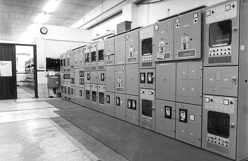 LV switchboard replacement at British Aerospace