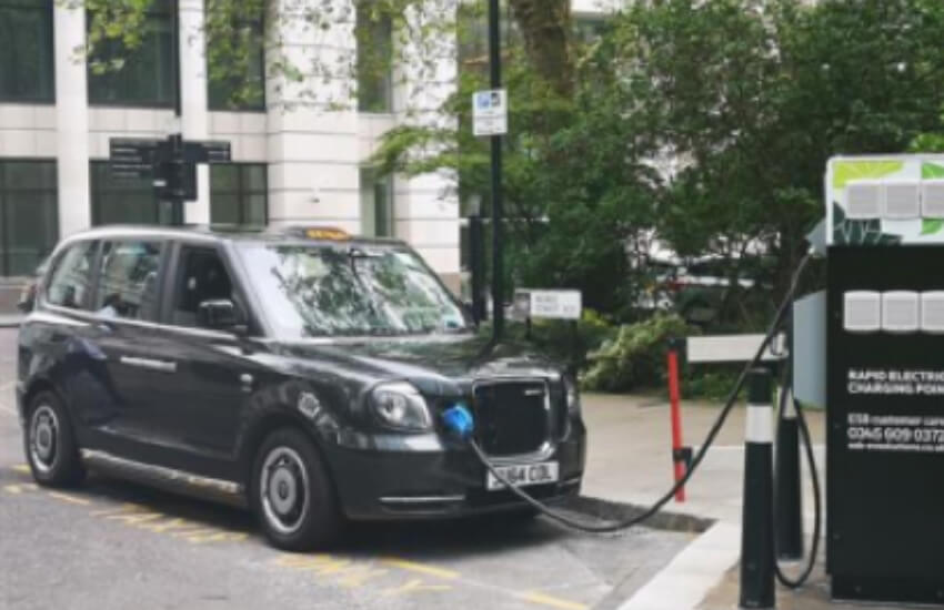 Mayor sets out plans for London's electric vehicle future